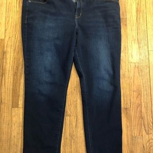 Old Navy power straight jeans. Size 18